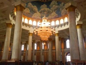 langit masjid kubah emas